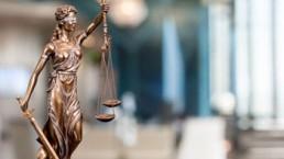 Übersetzungen Branchen Recht